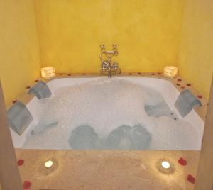 Hotel Alcoba del Rey (5 of 81)