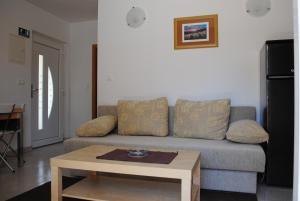 Ciovo Apartments