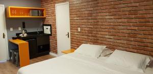 Motel Giro D'Água (Adult Only), Отели для свиданий  Кашиас-ду-Сул - big - 3