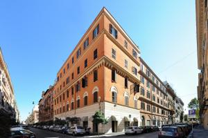 Hotel Apogia Lloyd Rome - AbcAlberghi.com