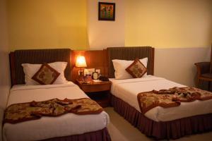 Hotel KRC Palace