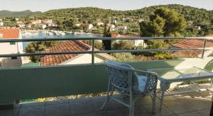 Apartment in Ždrelac with sea view, loggia, air conditioning, Wi-Fi (4565-2)