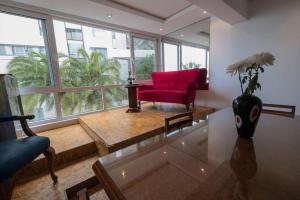 Studio Apartment on Clifton Beach - Clifton