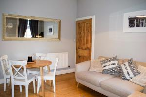 Spacious 3 Bedroom Home with Garden Edinburgh - Seafield