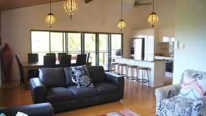 Cumberland Holiday Home - Holiday Home, Holiday homes  Airlie Beach - big - 14