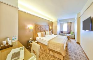 Ramada Istanbul Taksim, Hotely  Istanbul - big - 228