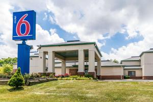 Motel 6 Georgetown - Lexington..