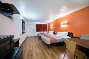 Motel 6 San Antonio - Fiesta Trails, Motely  San Antonio - big - 16