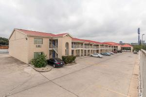 Motel 6 San Antonio - Fiesta Trails, Motely  San Antonio - big - 61