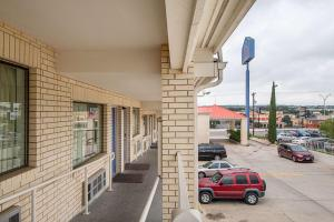 Motel 6 San Antonio - Fiesta Trails, Motely  San Antonio - big - 56