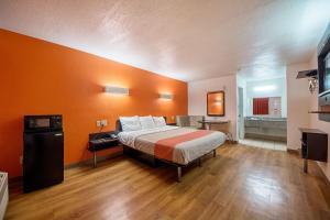 Motel 6 San Antonio - Fiesta Trails, Motely  San Antonio - big - 45