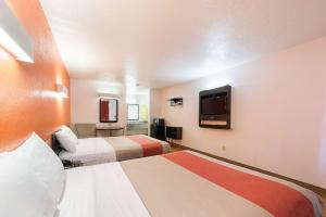 Motel 6 San Antonio - Fiesta Trails, Motely  San Antonio - big - 49