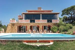 Dreamsea Surf Guest House - Arneiro