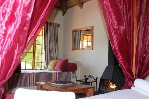 Lake Naverone Holiday Cottages, Resorts  Drakensberg Garden - big - 104
