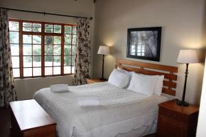 Lake Naverone Holiday Cottages, Resorts  Drakensberg Garden - big - 109