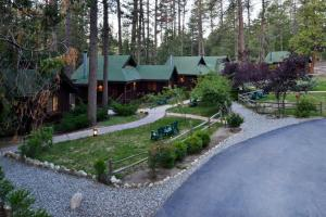 Quiet Creek Inn