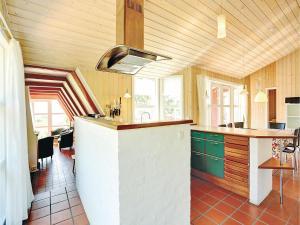 Holiday home Sluseparken Aakirkeby I, Nyaralók  Vester Sømarken - big - 14