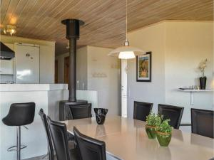 Four-Bedroom Holiday Home in Hvide Sande, Holiday homes  Hvide Sande - big - 22