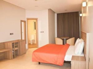 Axis Suites, Apartments  Accra - big - 12