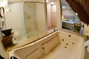 Hotel Renascença, Hotel  Gramado - big - 55
