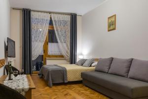 Pokoje i Apartamenty Krupówki 36