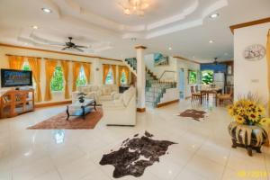 Djast Villa Phuket, Villák  Bangtau-part - big - 270