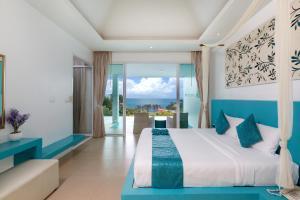 Amala Grand Bleu Resort - Ban Nakhale