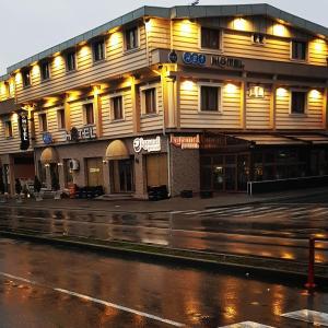 Abi Hotel