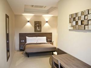 Axis Suites, Apartments - Accra