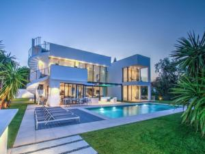 Villa with 7 bedrooms and pool - AbcAlberghi.com