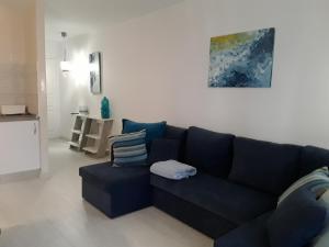 chromotherapy apartment BRIGHT