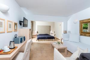 Minos Beach Art Hotel, Hotely  Agios Nikolaos - big - 33