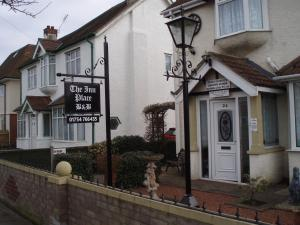 The Inn Place, Inns - Skegness