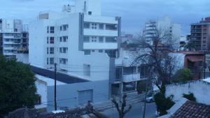Departamento Para Visitar la Virgen Del Cerro o Viaje De Placer, Apartmány  Salta - big - 19