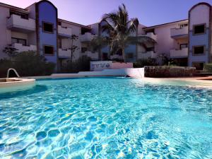 Sal service residence with swimming pool