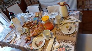 B&B Dora, Bed and Breakfasts  Colloredo di Monte Albano - big - 32