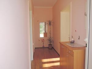 One-Bedroom Apartment in Rijeka I, Apartmány  Turan - big - 14