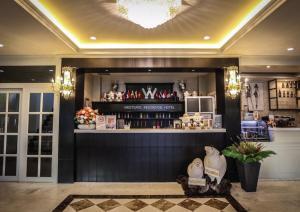 Westgate Residence Hotel - Salaya