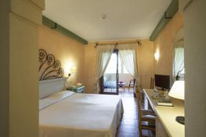 Lantana Resort Hotel & Apartments (4 of 97)