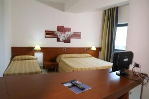 Mirabeau Park Hotel, Üdülőtelepek  Montepaone - big - 77