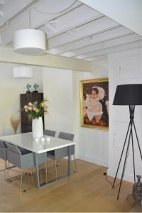 obrázek - Antwerp old town triplex apartment