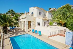 Casa del Campo - sea view villa with private pool in Moraira