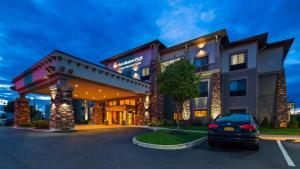 Best Western Plus Finger Lakes Inn & Suites - Hotel - Cortland