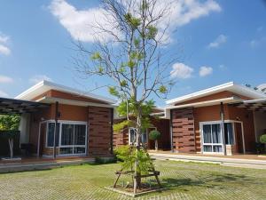 At Muang Ploy Resort - Ban Noi