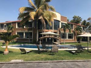 Fabulosa y amplia Casa en Xochitepec, Apartmanok  Chiconcuac - big - 4