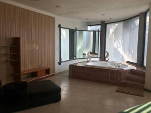 Hermosa y amplia casa en Xochitepec, Villen  Chiconcuac - big - 13