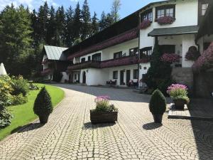 Landhaus Preißinger - Hotel - Warmensteinach