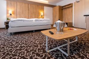 Urpín City Residence, Hotels  Banská Bystrica - big - 69