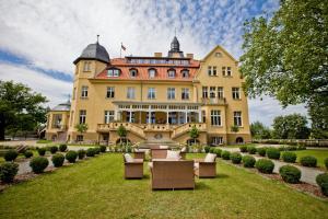 Schlosshotel Wendorf - Barnin