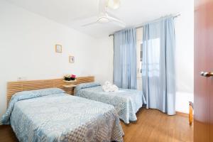 Apartaments Els Llorers, Апарт-отели  Льорет-де-Мар - big - 4
